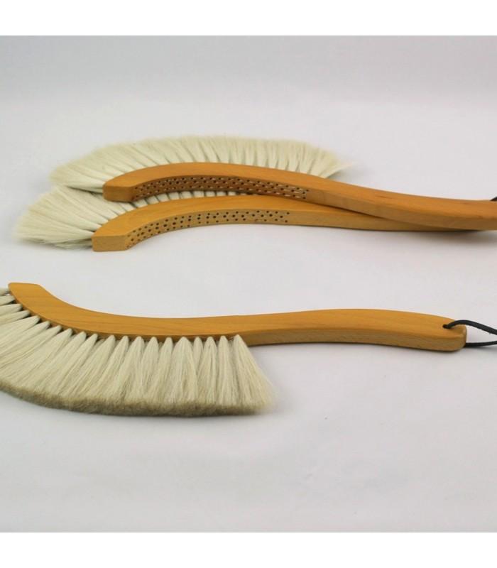 Sickle Shaped Goats Hair Brush