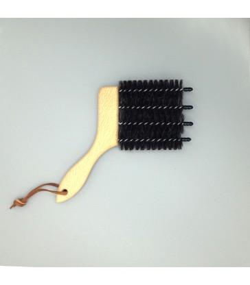 venetian blind brush cleaning made easy