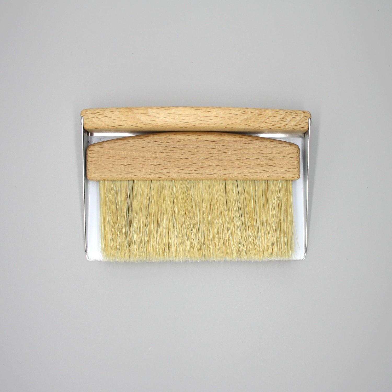 Genial Table Crumb Brush Table Crumb Brush In Light Oak Timber ...