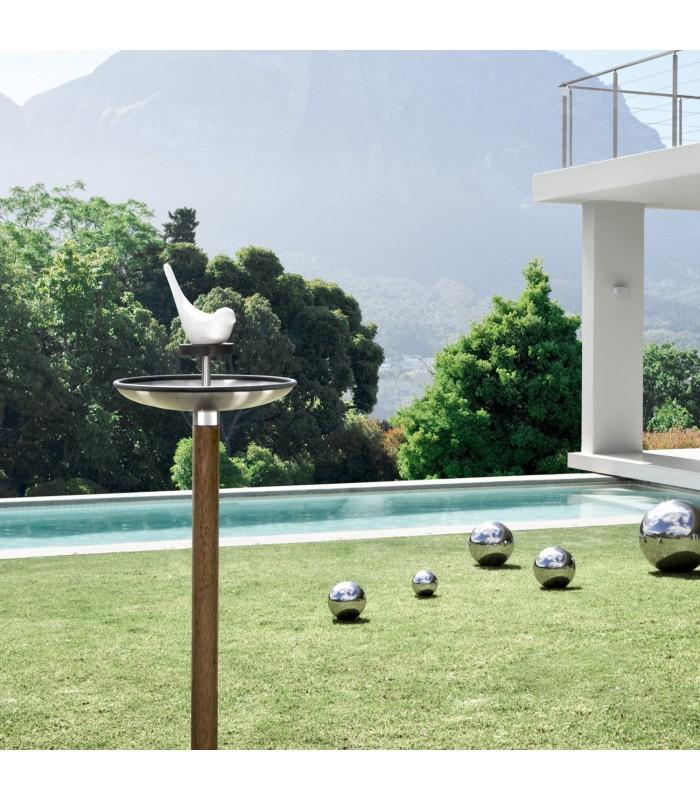 bird feeder and bird bath for your garden
