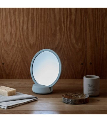 Vanity Mirror with magnification - Two colours