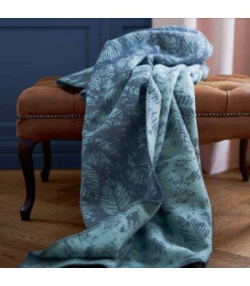 amorina deep blue leaf blanket from klippan