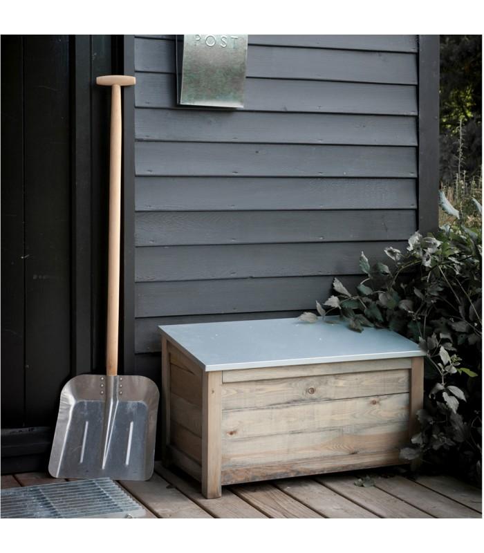 small garden storage box with weatherproof lid