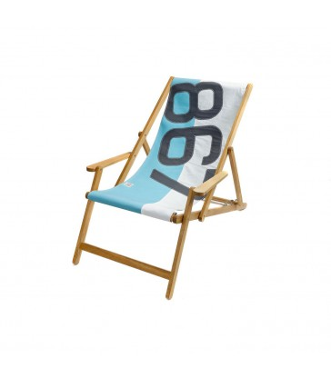 Deckchair in turquoise made from recycled sails