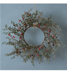 Winter Red Berry Christmas Wreath 56cm