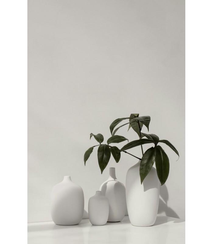 Tall Neck White Ceramic Vase 21 cm
