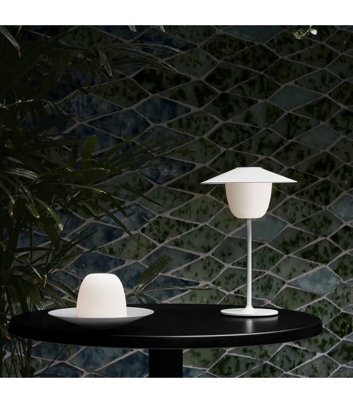 White LED wireless table light