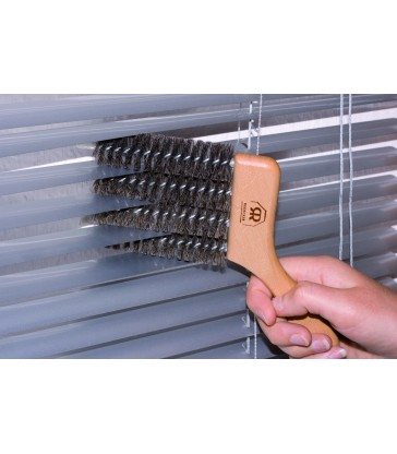 Venetian Blind Brush - 4 fins at a time